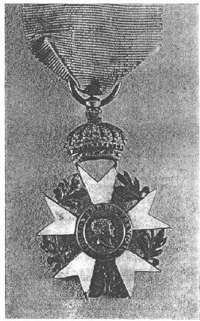 Aigle 2e type, couronne soudée. Musée de la Légion d'Honneur