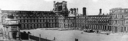 Ruines des Tuileries après l'incendie de 1871 © Photothèque Tallandier.