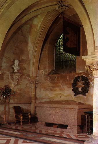St Michael's Abbey, Farnborough