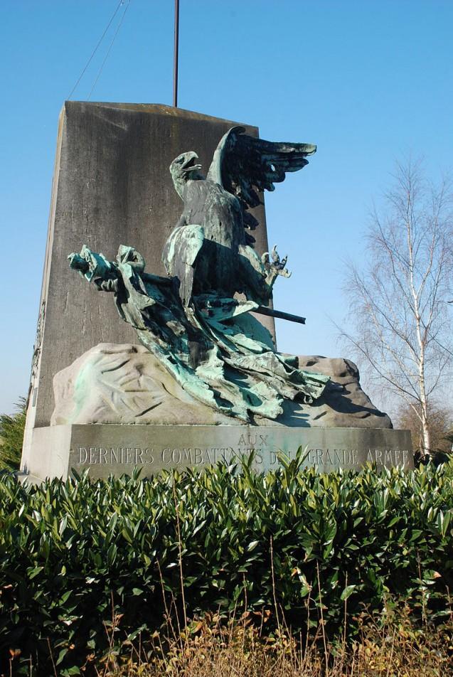 L'aigle blessé de Jean-Léon Gérôme, à la mémoire des derniers combattants français à Waterloo © Wikipedia