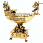 The Emperor's table 'boat'