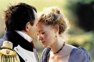 Napoléon (Ph. Torreton) et Betsy Balcombe (S. Hewlett) - © G.Ferrandis / H&K