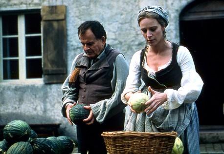Ostrioh (Iben Hjejle) and Napoleon testing melons (c) Pathé