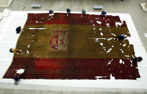 Rare view of massive Spanish ship's flag, captured at the Battle of Trafalgar