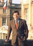 Jacques Perot, conservateur des musées et châteaux de Compiègne (2000)