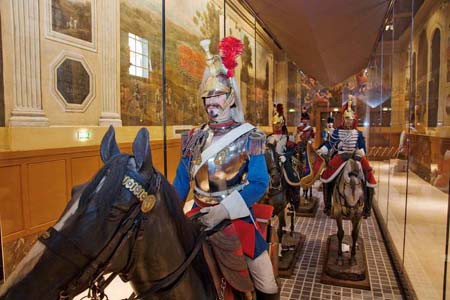 <i>Cavalrymen, Vauban room © Musée de l&#8217;Armée</i>&#8221; />&nbsp;<BR>The former soldiers&#39; messes, situated on the ground floor of the Eastern Wing, will once again be accessible to the public. Both are decorated with mural paintings by Jacques Antoine Friquet de Vauroze (1648-1716). These two messes constitute the newly created thematic areas of the renovated wing: the &#8220;Turenne room&#8221; will allow the visitor to visit the room as it was originally intended, and learn about the history of the mess through a selection of documents and images. The second space, known as the &#8220;Vauban room&#8221;&nbsp; will feature an impressive procession of thirteen cavalrymen models (in period uniform covering the Consulate to the Second Empire), in part taken from the workshops of famous military artists Ernest Meissonnier and Edouard Detaille.<BR><BR><!-- /paragraph3 --></p> <p><!-- paragraph4 --><br /> <h2>A museum in stages</h2> <p><img src=