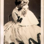 Photographie : La princesse Clotilde et son fils Victor Napoléon