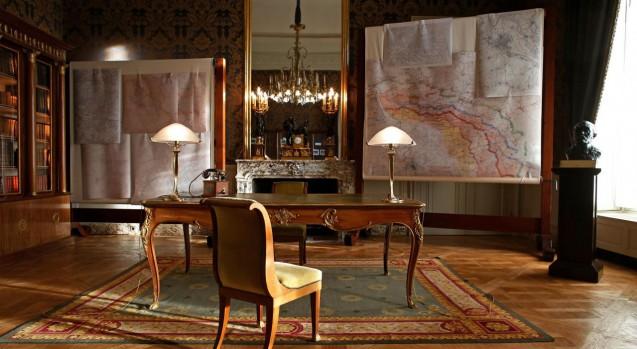 Visit of the Hôtel de Brienne, Paris