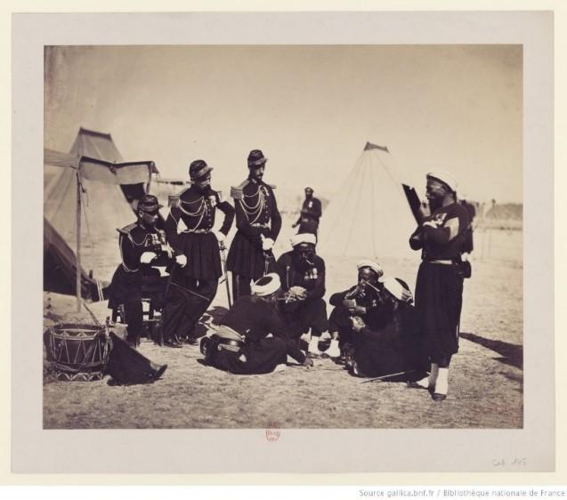 Camp de Châlons, le jeu de la drogue, photographie de Gustave Le Gray © BNF