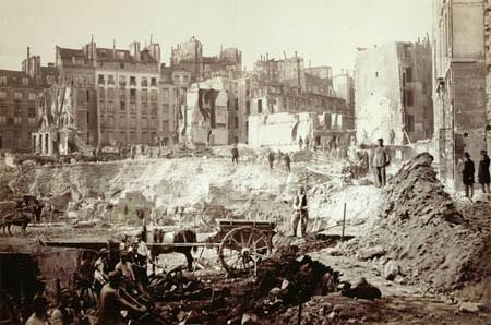 Le Paris d'Haussmann : la transformation d'une ville > article, cartes, liens web