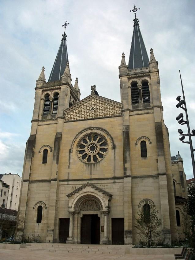 Église Saint-Louis, à Vichy © Wikipedia/Tabl-trai