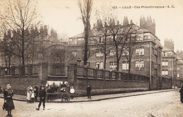 Lille, Cité philanthropique. Carte ayant voyagé en 1906 <br>© Patrick Kamoun