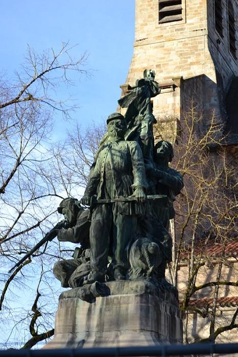 Monument aux morts de la guerre de 1870 à Figeac : « La mort héroïque du capitaine Pierre-Auguste Anglade »