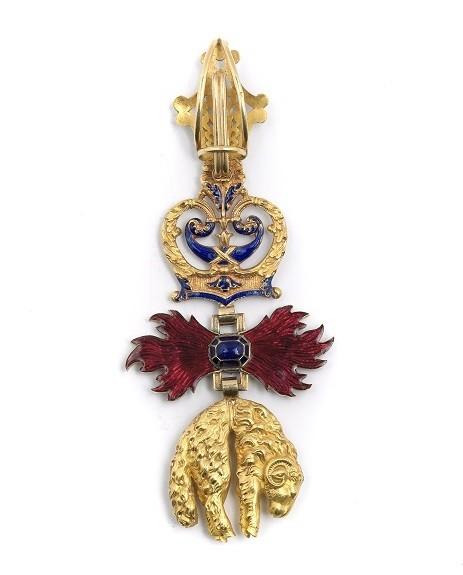Toison d'or de Louis-Napoléon Bonaparte, Prince impérial, revers © Musée de la Légion d'honneur et des ordres de chevalerie