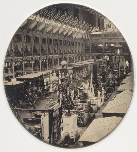 Exposition universelle de Paris, 1855, Palais de l'Industrie, vue de la nef 1855 Anonyme © RMN-Grand Palais (musée d'Orsay) - Hervé Lewandowski