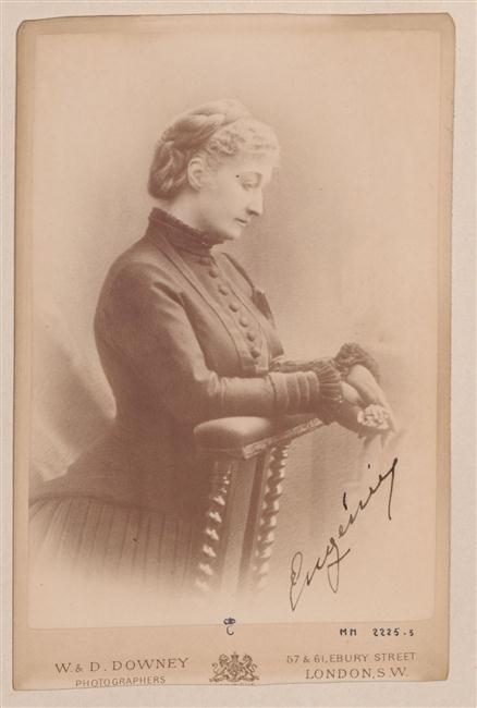 L'impératrice Eugénie en prière, atelier D&W © RMN-Grand Palais (domaine de Compiègne) image Compiègne