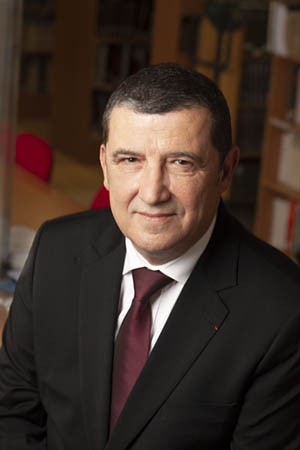 Talking Point with Thierry Lentz : Vaccination: When Napoleon declared war on smallpox
