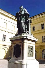 Statue of Cardinal Fesch in the courtyard of Palais Fesch