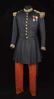 Uniforme port� par Napol�on III � Solf�rino � Mus�e de l'Arm�e - Paris, distr. RMN / E. Cambier